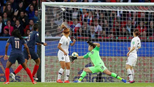 """[TLMD - VIDEO] """"Limpio, limpio"""": Francia hace segundo gol"""