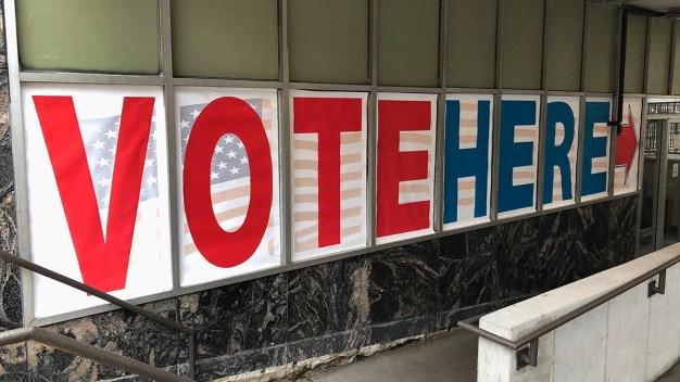 Resultados extraoficiales de la elección en distritos 5 y 8 }