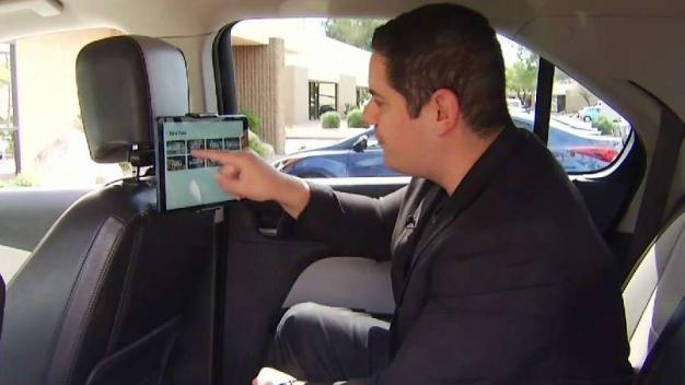Nuevo sistema de entretenimiento a bordo de Uber y Lyft