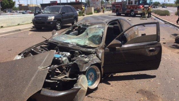 Aparatoso accidente deja a tres en situación crítica