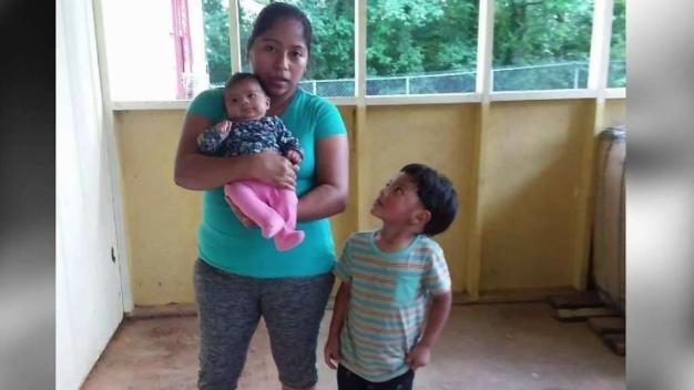 Madre migrante en periodo de lactancia es separada por ICE de su bebé