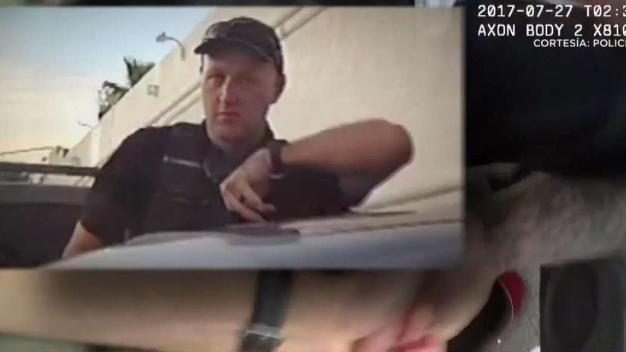 Policía que sometió a hombre con pistola eléctrica tiene historial de mala conducta
