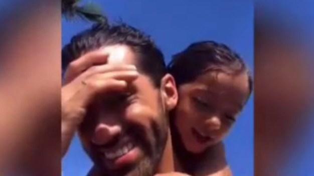 "En video: Alaïa se roba el show cantando ""Calma"""