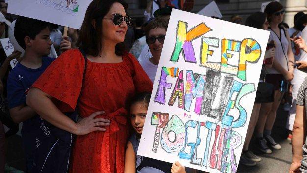 Jueza podría ampliar búsqueda de familias separadas