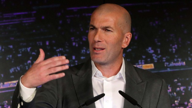 Tras 9 meses, Zidane vuelve al rescate del Real Madrid