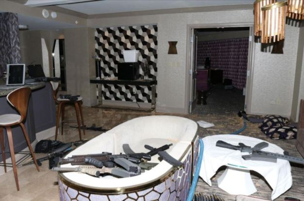 Fotos inéditas, cómo preparó todo el autor de masacre en Las Vegas