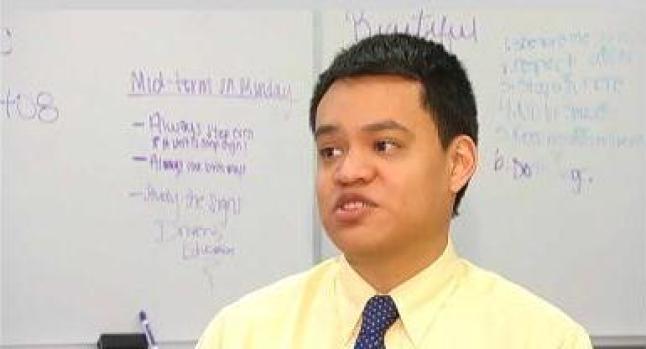 """Video: Reclutan a """"dreamers"""" para las aulas"""