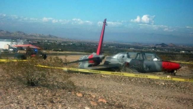 Avioneta se parte en dos tras accidente