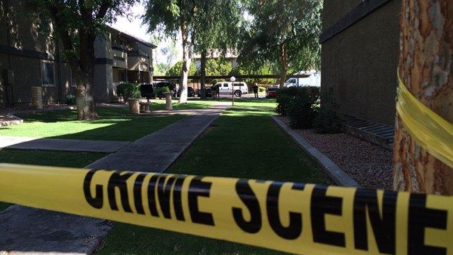 Allanan casa en Arizona por balacera en Texas