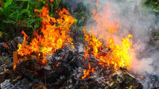 Reportan misteriosos incendios en Mesa