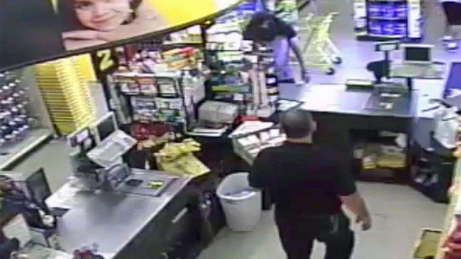 Asalto en tienda de Mesa captado en video