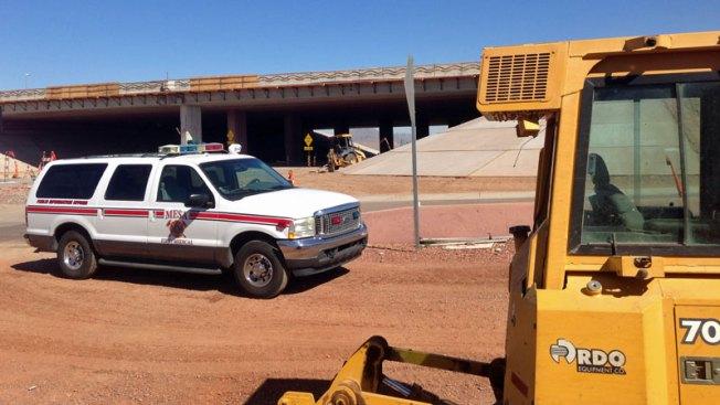 Accidente de construcción deja dos heridos