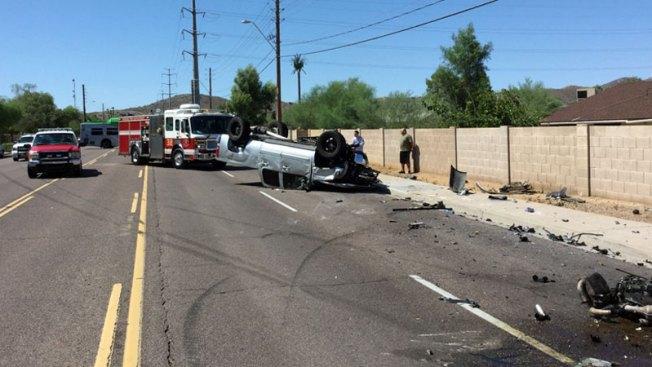 Caos tras accidente de múltiples vehículos en Phoenix