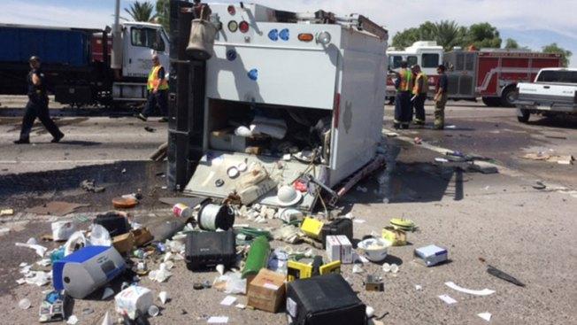 Cierre de calles y heridos tras accidente en Phoenix