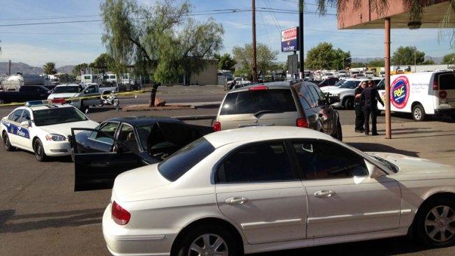 Choque y herido durante persecución en Phoenix