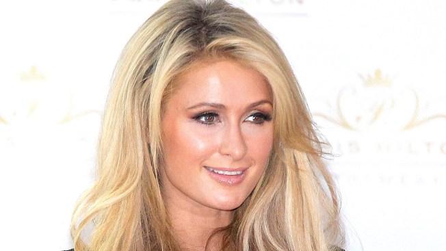 Paris Hilton brinda ayuda a damnificados en México