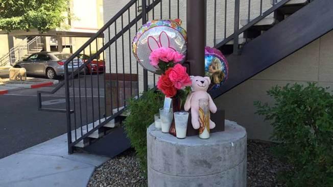 Causa conmoción muerte de bebé en tina