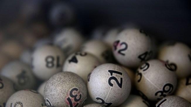 Hombre gana la lotería e invierte millonario premio en drogas