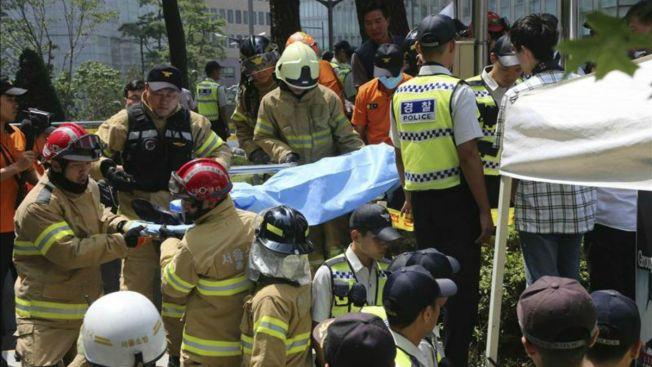 Anciano se prende fuego en protesta contra Japón