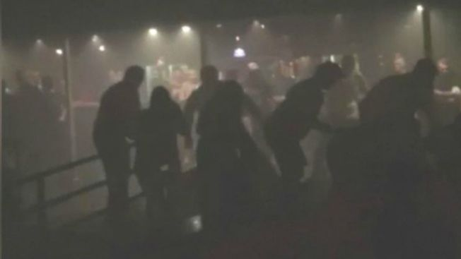Heridos tras colapso de techo en concierto