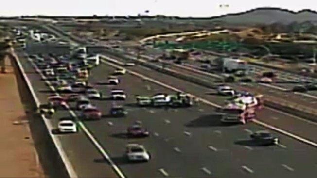 Cierre de autopista I-10 tras aparatoso accidente