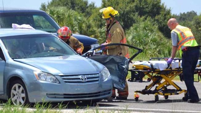 Accidente vehicular deja muertos y heridos
