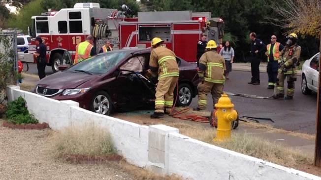 Aparatoso accidente deja varios heridos