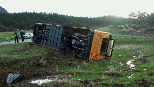 Bus escolar se accidenta con todo y niños
