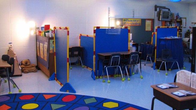 Posible cierre de escuelas preocupa a padres