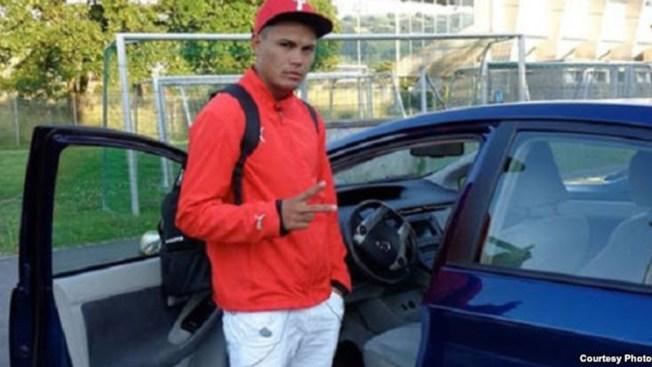 Futbolista cubano deja al equipo en Chicago