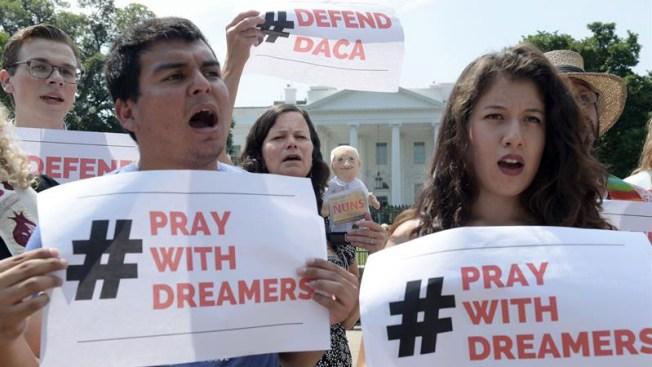 AP: acuerdo bipartidista por dreamers incluye ruta a la ciudadanía