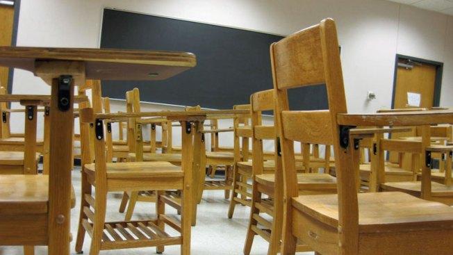 Decenas de estudiantes quedarán sin maestros