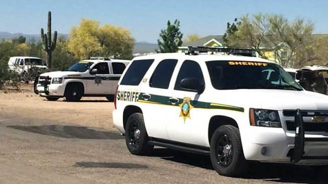 Tucson: Hombre se dispara para evitar arresto