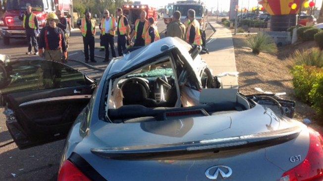 Muertos y heridos tras accidente en Phoenix