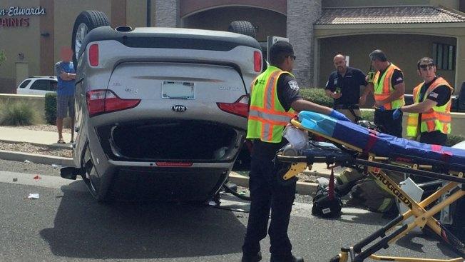 Aparatoso accidente causa cierre de calles