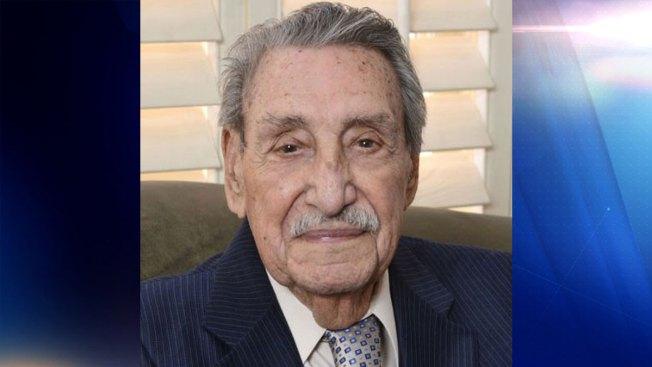 Muere Raúl Castro, primer gobernador hispano de Arizona