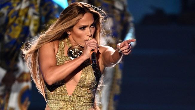 Jennifer López anuncia gira para el verano