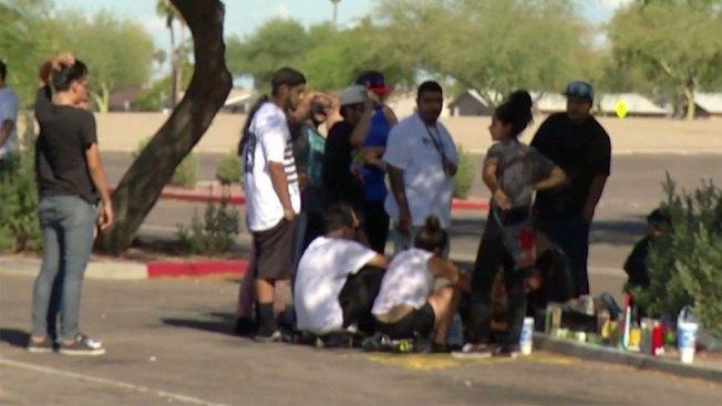 Lluvia de balas deja tres jóvenes muertos en Phoenix