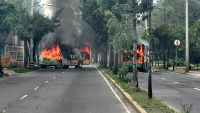 Tiroteo deja ocho muertos, incendios y caos