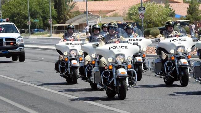 Buscan a motociclistas tras persecución