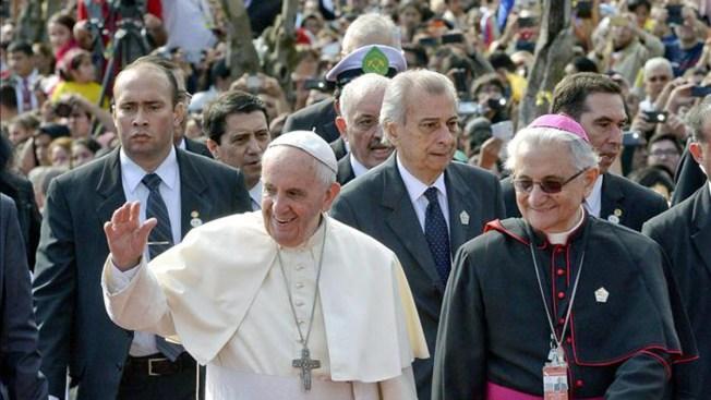 Misa del Papa en santuario Caacupé causa júbilo