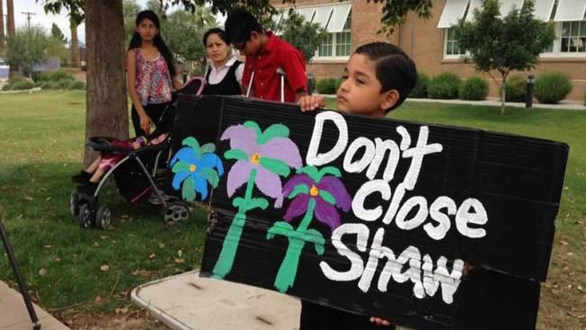 Estudiantes se quedan sin escuela en Phoenix