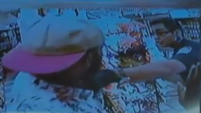 Aparece video con otra presunta paliza policial