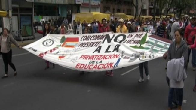 Ordenan apresar a 15 maestros disidentes