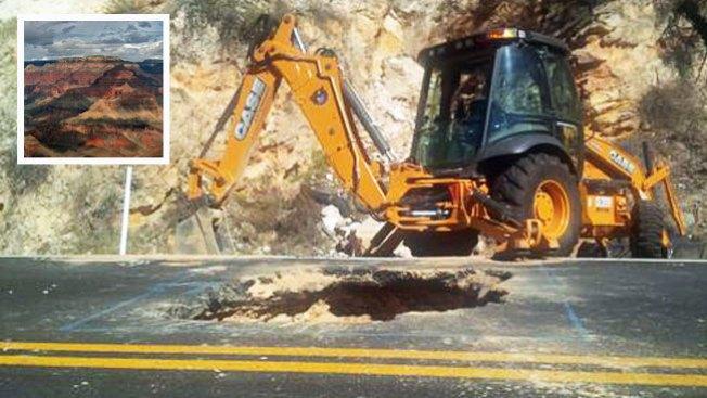 Daños causan cierre de escénica carretera