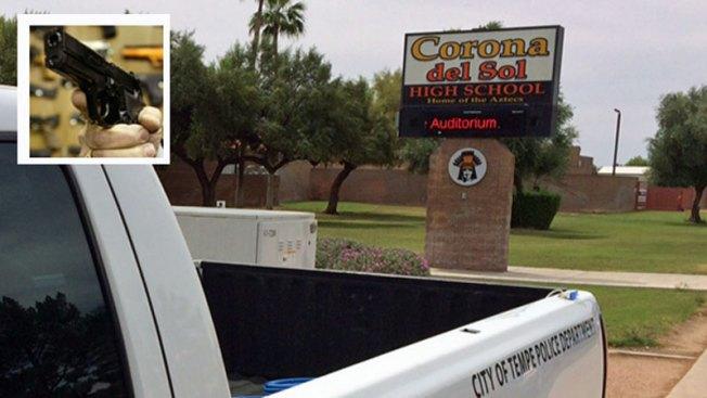 Investigan suicidio en Corona del Sol High School