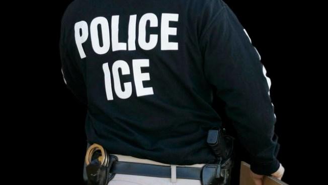 Sospechoso se escapa de ICE