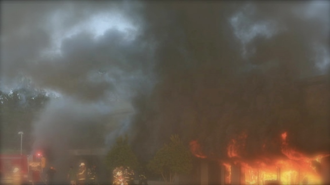 Niña salva a familia de morir quemada
