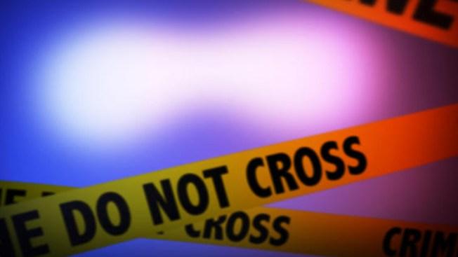 Arrestan a adolescente por matar a su madre