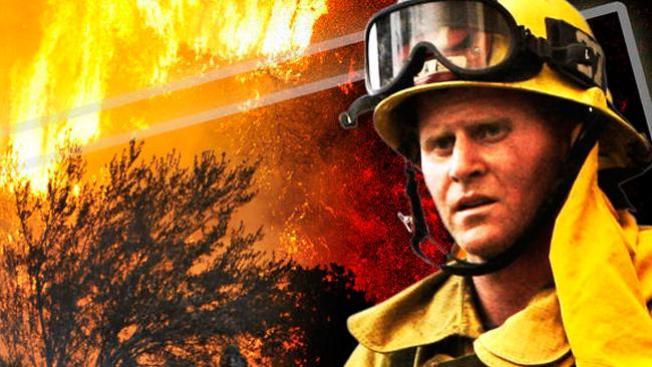 Bomberos combaten incendio en bodega